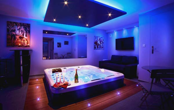 Chambre-Jacuzzi-Privatif-Lille